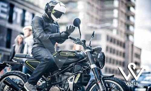 انتخاب دستگاه GPS موتورسیکلت